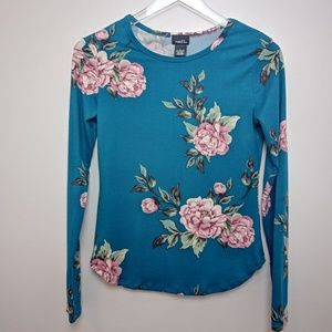Rue21 Long Sleeve Floral Tee shirt